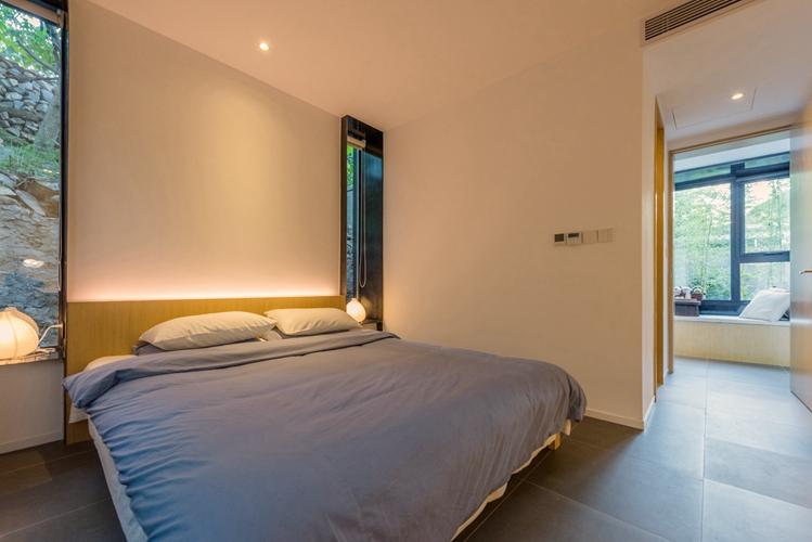 7号院卧室