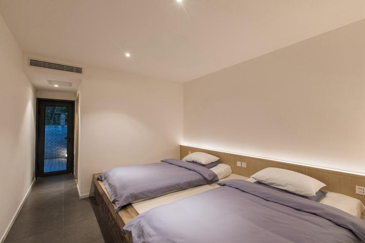 8号院卧室
