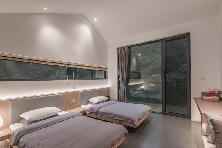 4号院卧室